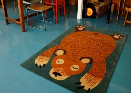 The most amazing bear rug (via Gems)