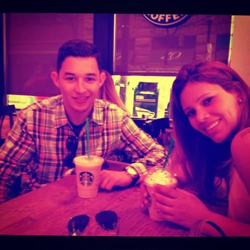 I love Starbucks!!! #starbucks #boston #quincy #friends #friday   (at Quincy Market)