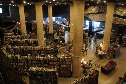 Photos: The Last Bookstore I want to go to there.
