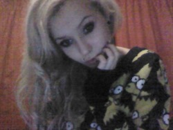 bed time. it's so cold. you all love my jumper secretly. xox