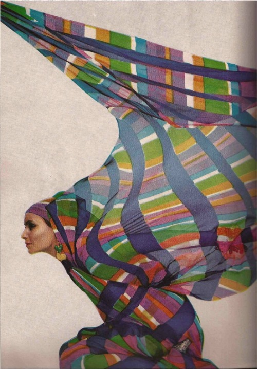 theswinginsixties:  Fashion for Harper's Bazaar, 1968.