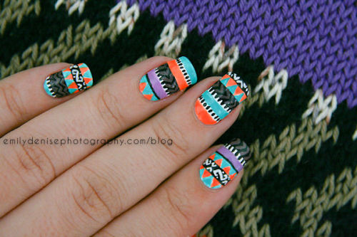 nailsbyveryemily:  Todays post merges two of my passions, nail art and knitting! Make sure to check out my blogpost to see the inspiration behind these nails.