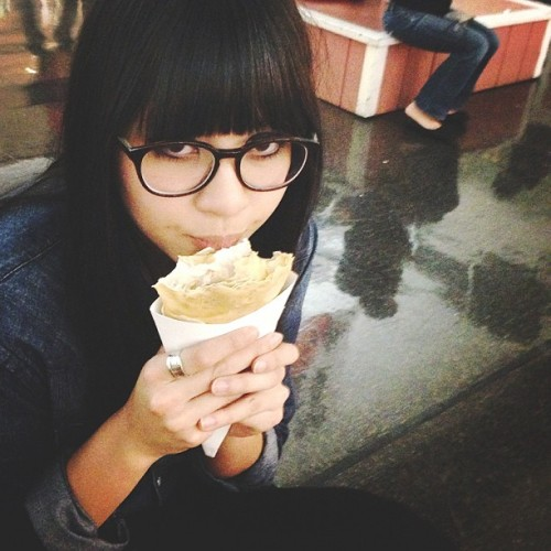 Eating a crepe in my new @bonlook glasses (at Japantown)