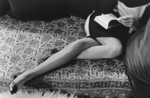 fewthistle:  Martine's Legs. 1962. Photographer: Henri Cartier-Bresson
