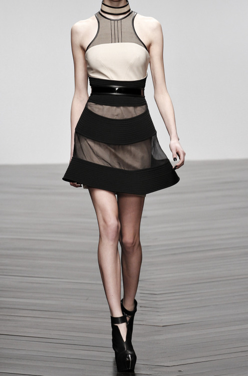 a-ionia:  silhouetted—dreams:  ciorny: David Koma FW '13/14