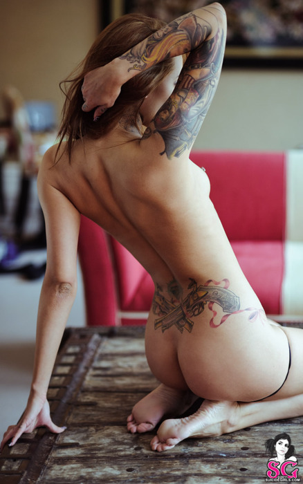 spic3y:  inKed & Pierced Hotties right here
