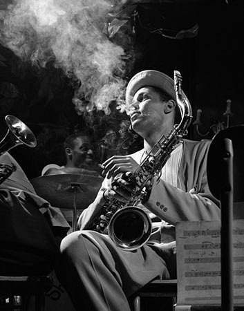 Herman Leonard Dexter Gordon, Royal Roost, New York City 1948