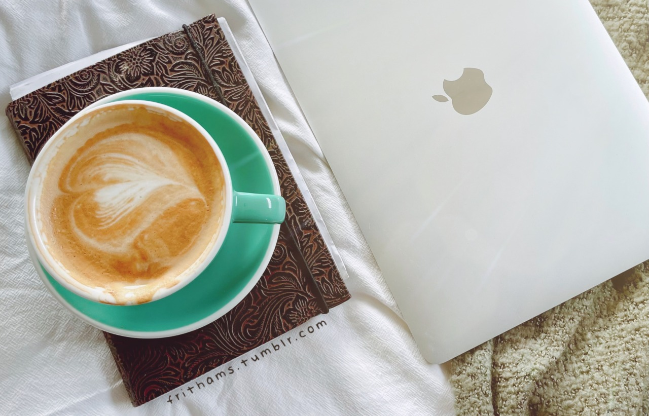 just some journaling for today💚 ☕💫 #img#studyblr#study#student#grad student#notes#goodnotes#productivity #study study study #study notes#australia#journal#progress#coffee#macbook#frithams#notion app#flat white#gradblur#notebook#bullet journal#light academia #light acadamia aesthetic #aestechic#study aesthetic#mine #Frithams Original Post