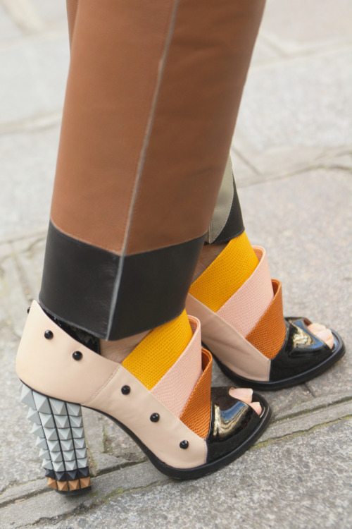 Architectural shoes at #PFW #StreetStyle WGSN Street Shot, Paris Fashion Week