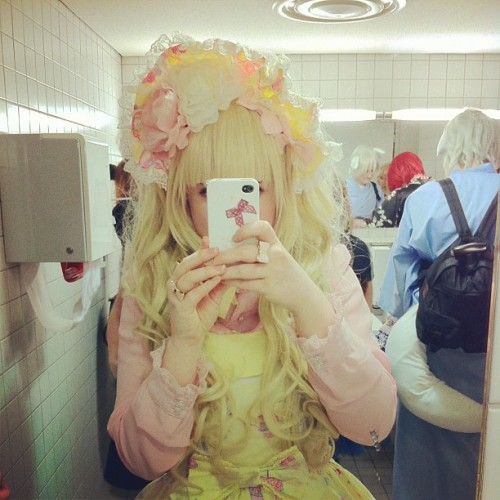 me on dokomi 2013 #lolita #sweetlolita #bonnet #milkyplanet #yellow