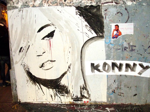 Love like blood, Konny