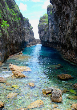 peachandguava:  Omg I was here about 3 weeks ago! Matapa Chasm in Niue <3