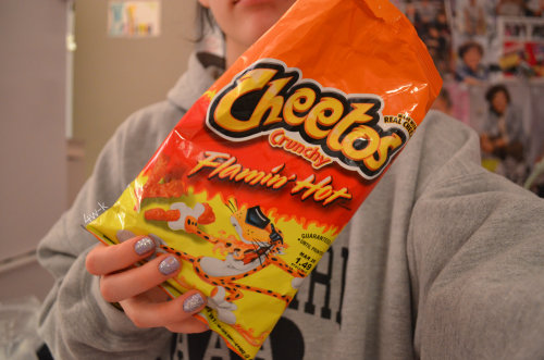 akamoseby:  p-xar:  4w-k:  god bless the creator of flaming hot cheeots  cheeots are the best!  CHEEOTS