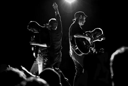 "mylifewithcoldplay:  coldplay—lovers:  ""Fantastic"" isn't enough word to describe this photo *__*"