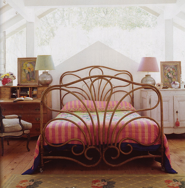 Bed by midcenturyjo on Flickr.