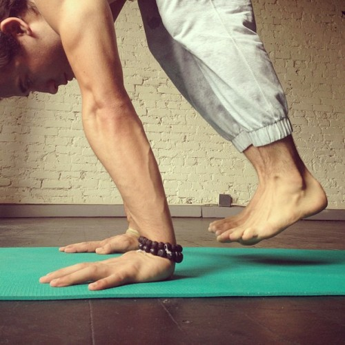 patrickbeach:  lifting up one inch, one breath at a time. #yoga