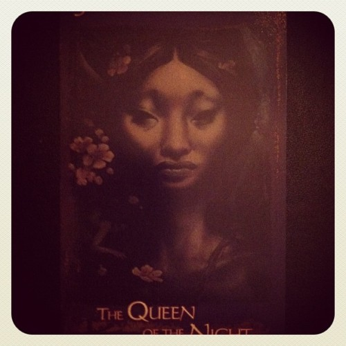 Heart of Faerie card for the day: The Queen of the Night-Time to pay attention to dreams, night shadows, and night whispers. Dance under the moon, travel into the underworld, work your hands into the sweet and dark earth. Psychic vision, intuition, & soul work.