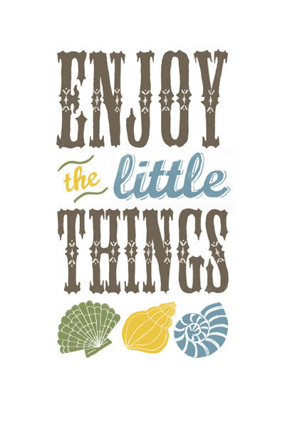 Enjoy the little things by Lu Green on Flickr.
