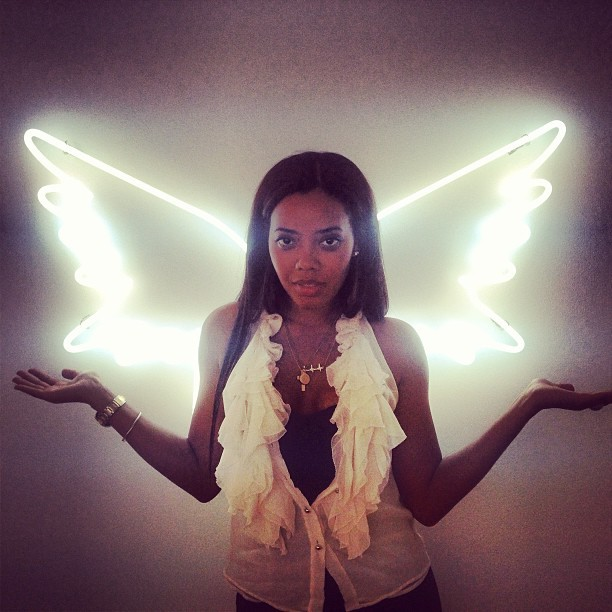 Beauty @angelasimmons got her wings 👼today at #melodyehsani on #fairfax  (at Melody Eh$ani Store)