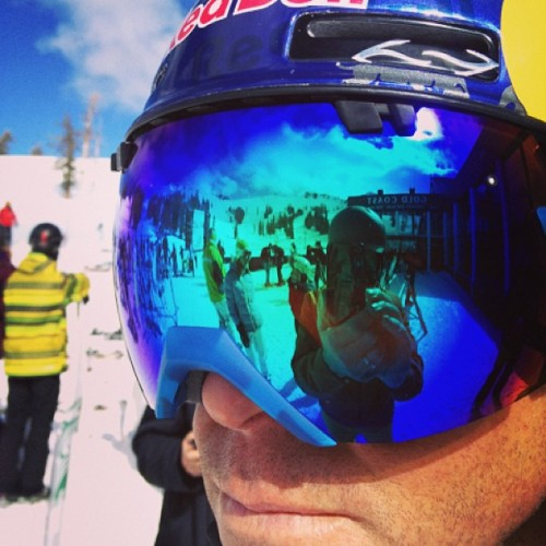 Mr Chris Davenport (aka @steepskiing) showing @bhaz the ways of the slopes. #insearchofsnow