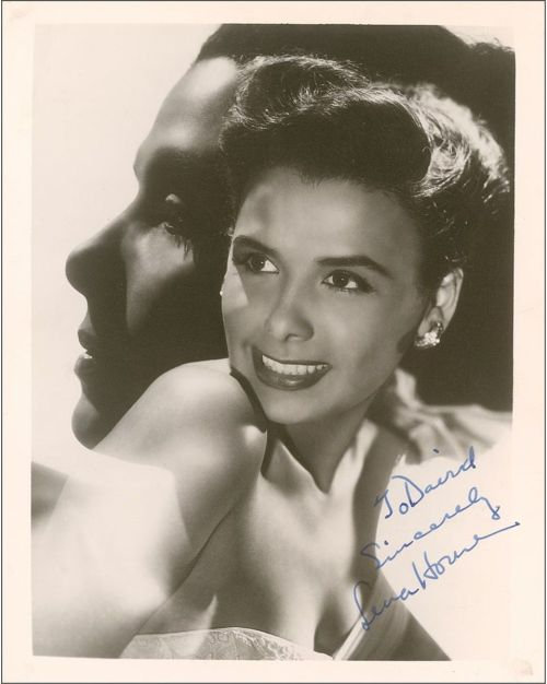 Such a beautiful portrait of Lena Horne I couldn't resist posting it.