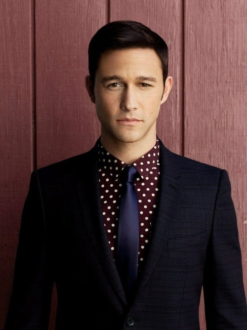 suitboss:  JGL in a mix of patterns and textures…More suit inspiration right here….
