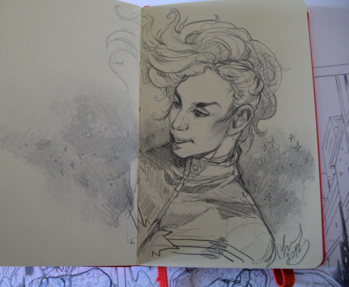 From the moleskine this morning, warm-up sketch of Captain Marvel. (Who is currently sporting the most rad hairstyle in all comic-dom.) I have 1 1/2 pages of my Fantastic Four samples to go, after I complete them I'm thinking of doing a few Captain Marvel ones since I haven't got any female characters in my current portfolio, and they are my strongest  point as an artist. If I ever got to draw a Kelly Sue Captain Marvel story, I think I would DIE.  She's so talented and her Captain Marvel is so great.