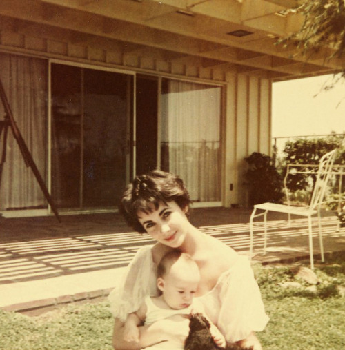whosafraidofelizabethtaylor:  Elizabeth Taylor and her son Michael Wilding Jr.