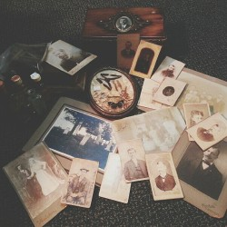ladylockslife:  Antique finds of the day!!