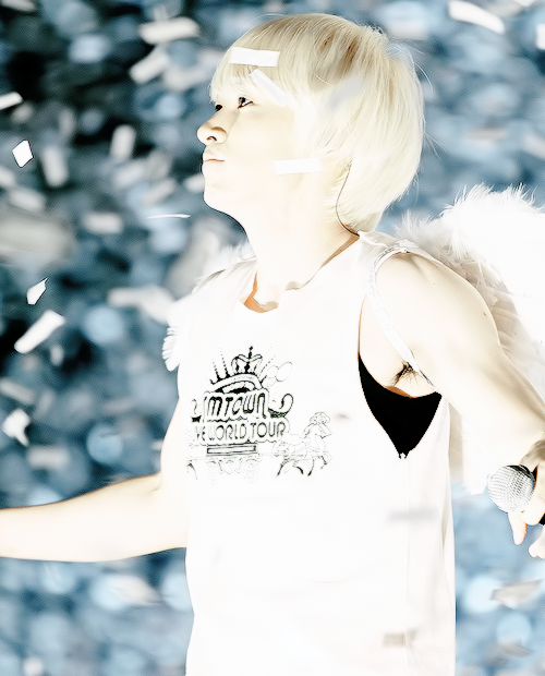 {3/50} Photos of Lee HyukJae  as a angel