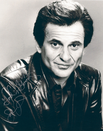 Joe Pesci 5 ft 3 in (163 cm)