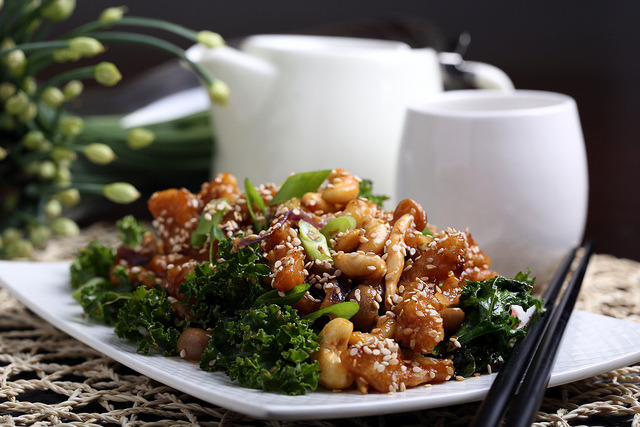 Olives for Dinner: Sweet and Sour Cashew Chick'n by Jeff and Erin's pics on Flickr.Eat!