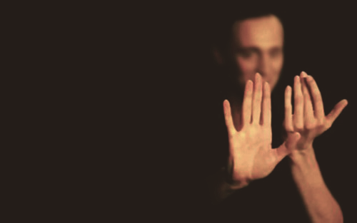 puddingforhiddles:  tom hiddleston hand porn