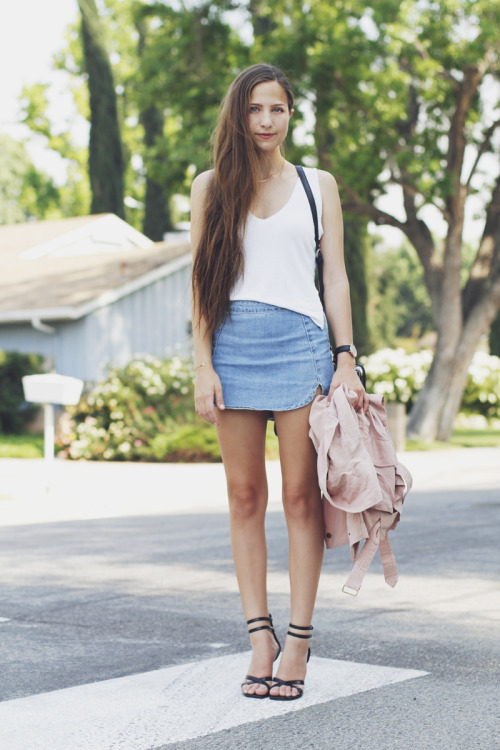 the-streetstyle:  The Denim Skirtvia outofabook