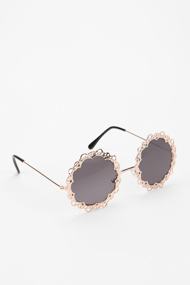 wantering:  Urban Outfitters Love Lace Sunglasses