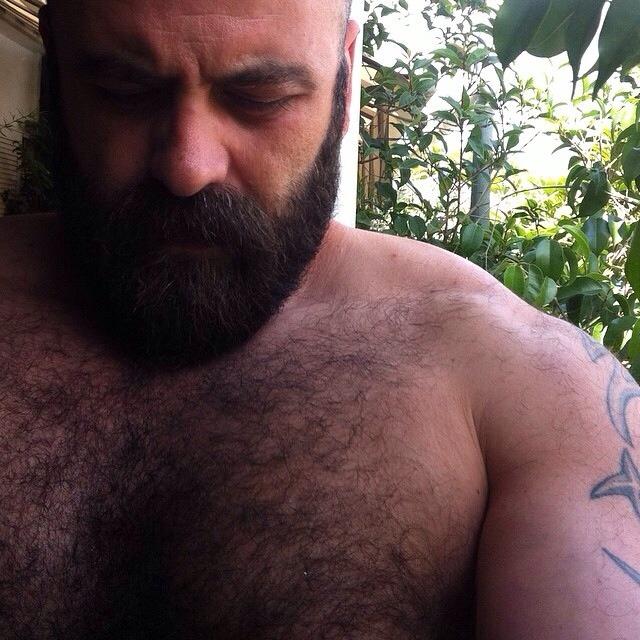 2018-06-04 05:22:57 - h3ctorad45 beardburnme http://www.neofic.com
