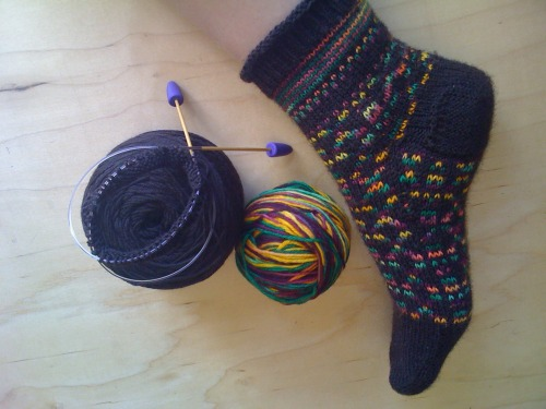 Work in progress. Colorwork socks with hand dyed yarn. :)