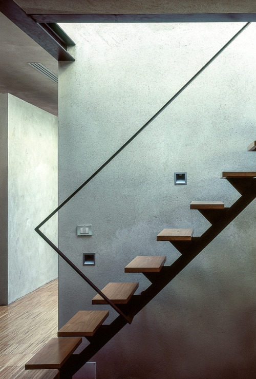 remash:  studio LI-XI | stair ~ studio LI-XI
