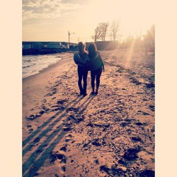 my love 😍 #sun #beach #water #friend #wind #spring #love #bestfriend (at Islip Town Beach)
