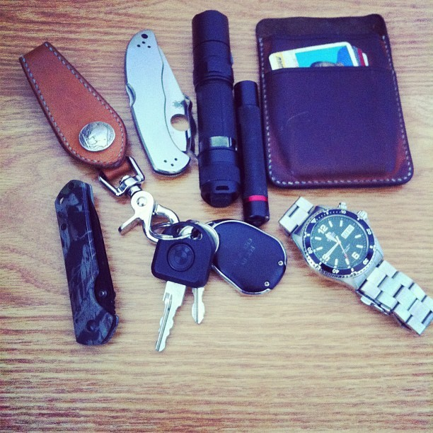 Everyday Carry Submitted By: illuminandy Hollows Leather Key Hook Keys to a BMW e30 Spyderco Delica SS - Purchase on Amazon Fenix PD32-R5 - Purchase on Amazon Hollows Leather Iphone Case/Cardholder Sanrenmu F2-710 SRM - Purchase on Amazon Orient Black Mako - Purchase on Amazon