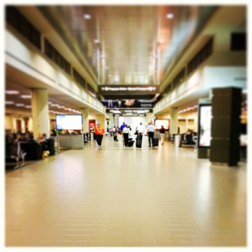 Ready to head home. #LAX  (at LAX)