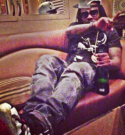 unscriptedg:  Wale in the Fighter Jet Foams
