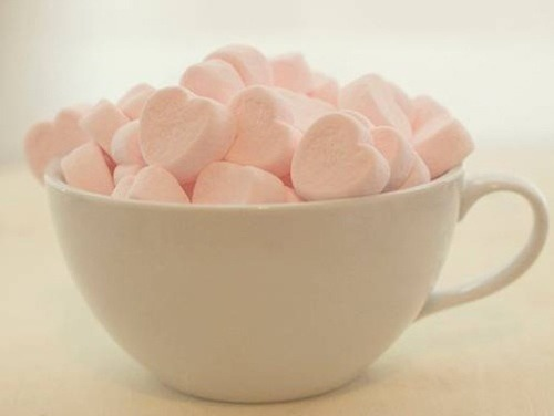 violaveevintage:  pink marshmallows on We Heart It. http://weheartit.com/entry/53465667/via/sleepandmakeup