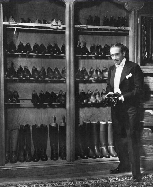 Man and his shoes #2.— Adolphe Menjou