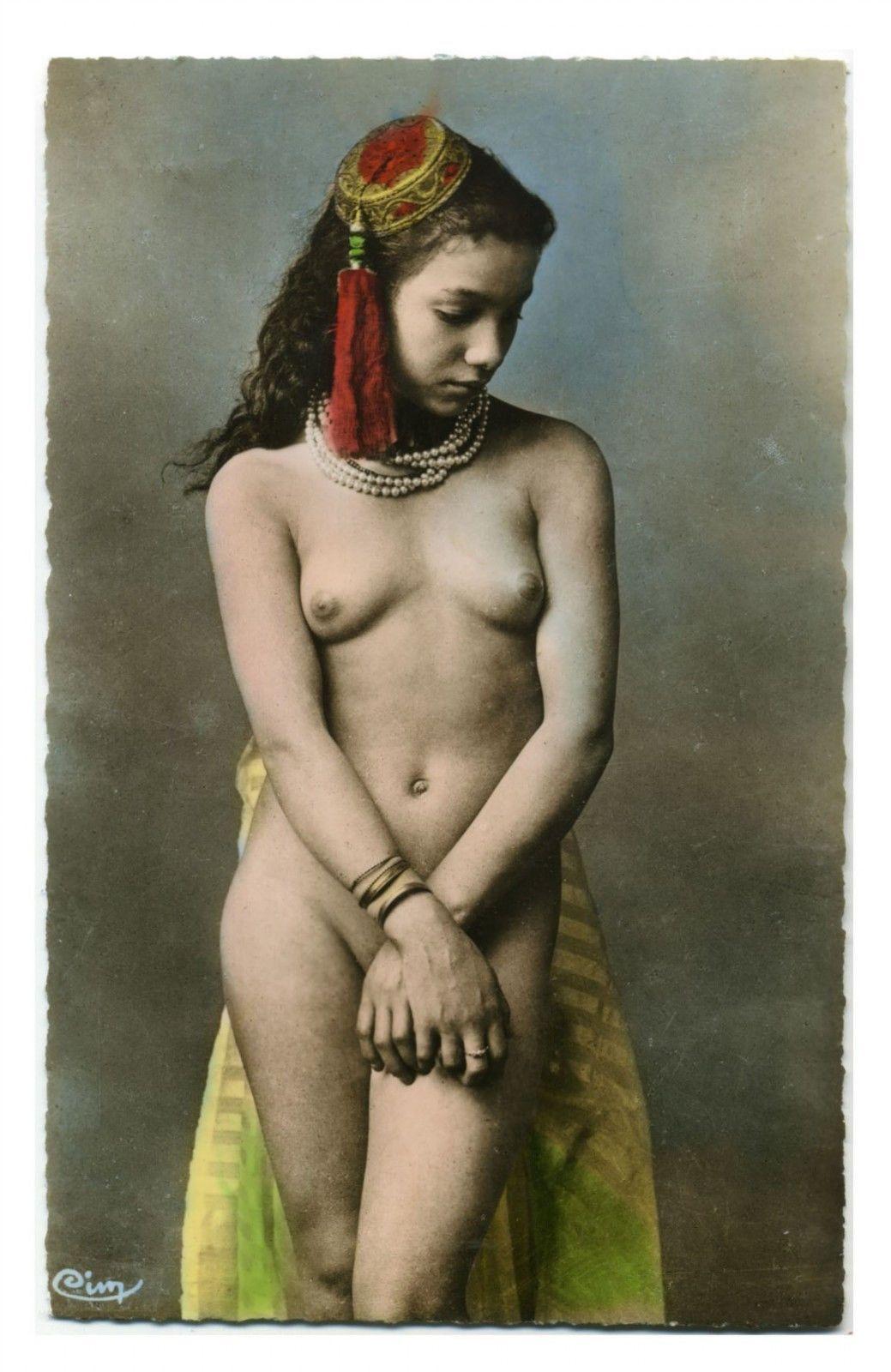 Morocco nude girl photos