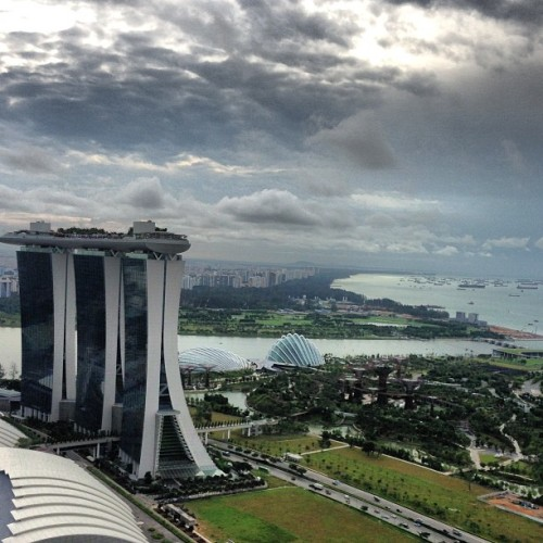 View from the apartment in Singapore #blingapore  (at Marina Bay Residences)