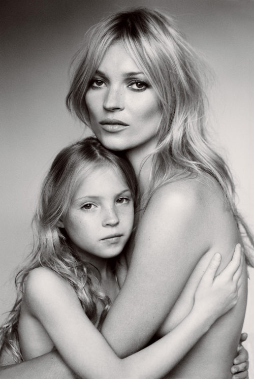 onemanshighfashionblog:  Kate Moss and daughter Lila Grace for Vogue September 2011
