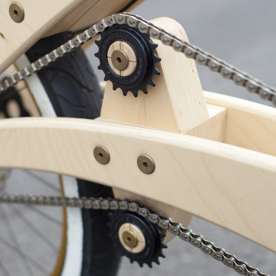 yasboogie:  cjwho:  Sawyer DIY Wooden Bike by Jurgen Kuipers  [h/t @SkinnyPockets]