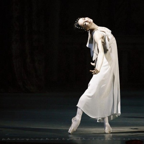 ryanishka:  Diana Vishneva as Juliet at the Mariinsky Theatre