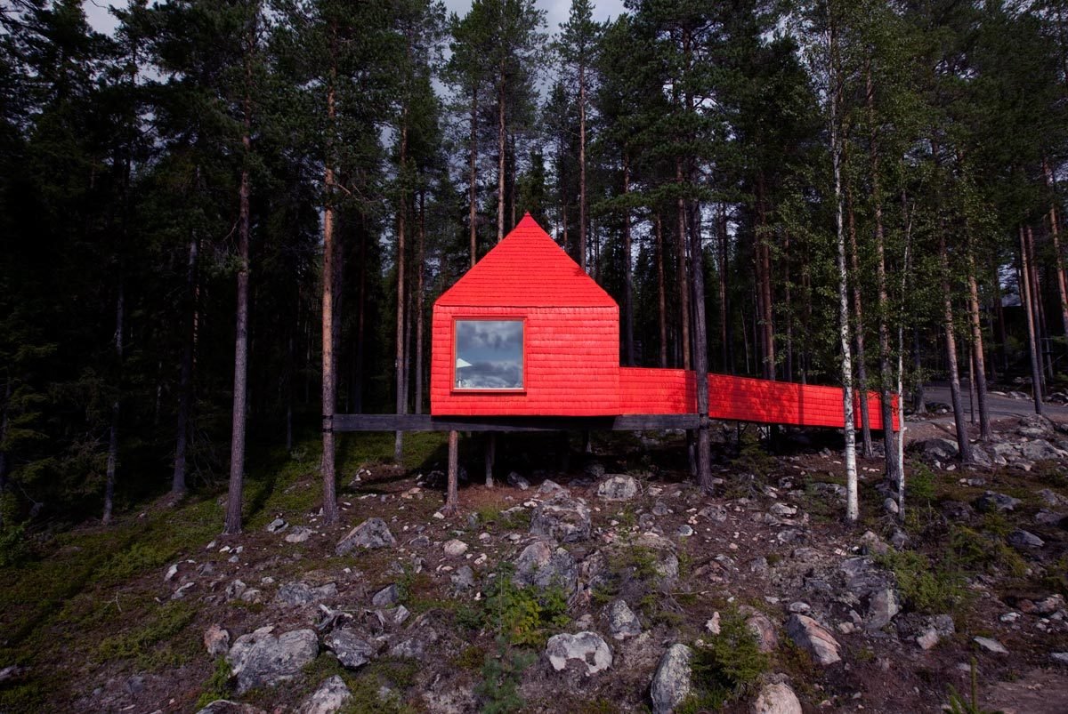 "cabinporn:  ""Little Red Treehouse"" in Lapland, Sweden. Contributed by Joan Childs."